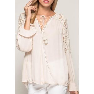 She + Sky Pink Lace Flare Sleeve Blouse Small